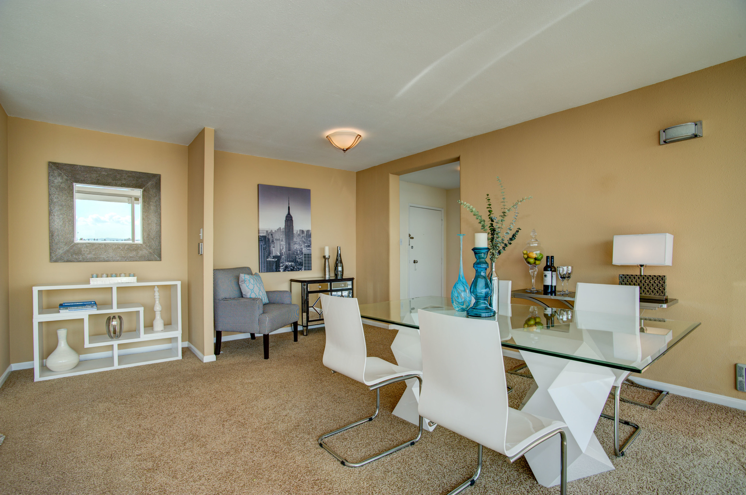 1555_lakeside_drive_unit_93_MLS_HID978716_ROOMdiningroom1.jpg