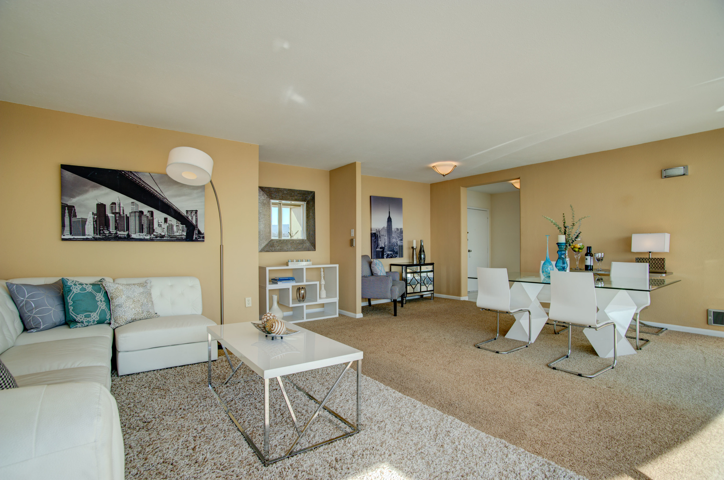 1555_lakeside_drive_unit_93_MLS_HID978716_ROOMlivingroom5.jpg