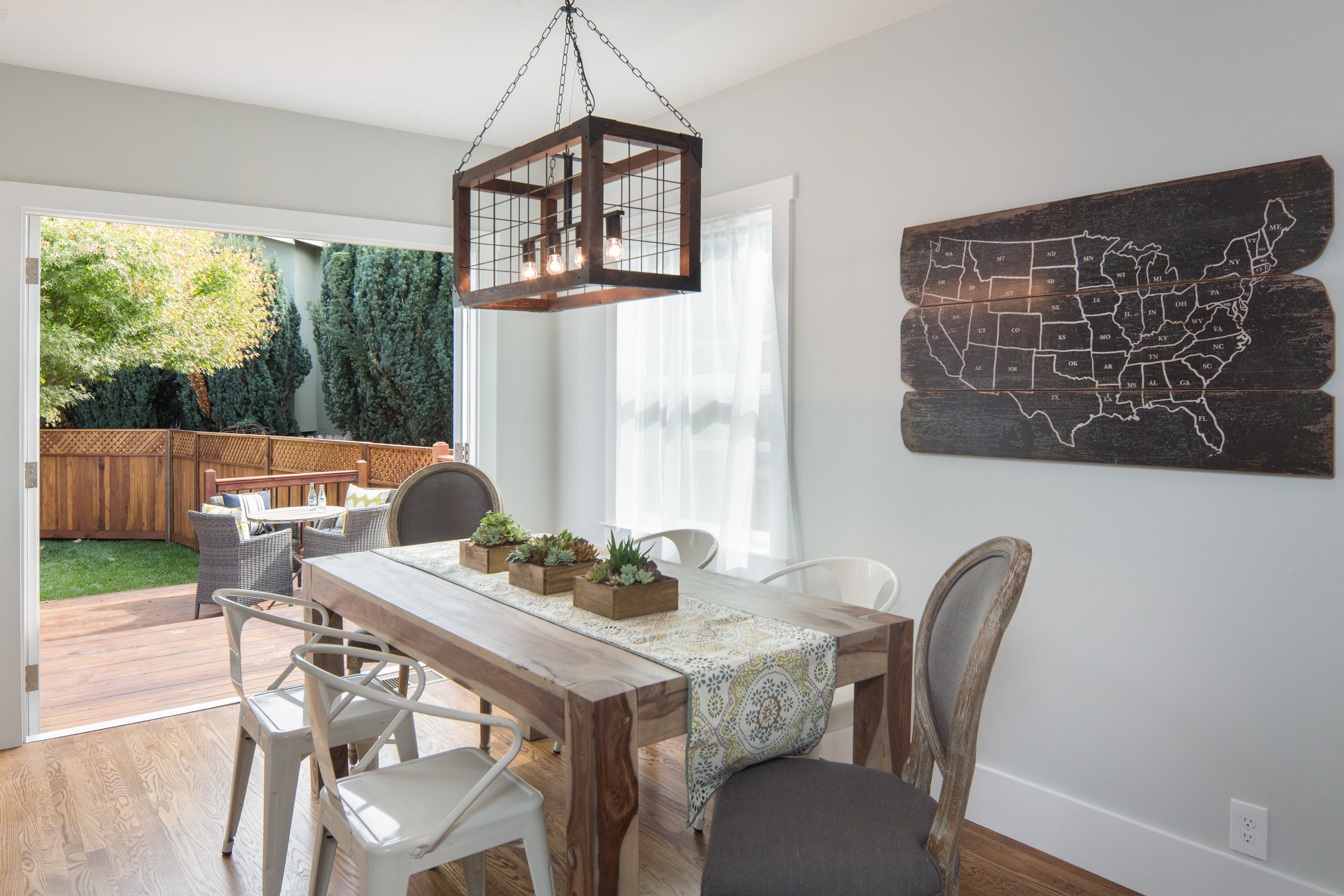 Rockridge, Oakland CA 94618 Dining Room Interior Design and Real Estate Staging