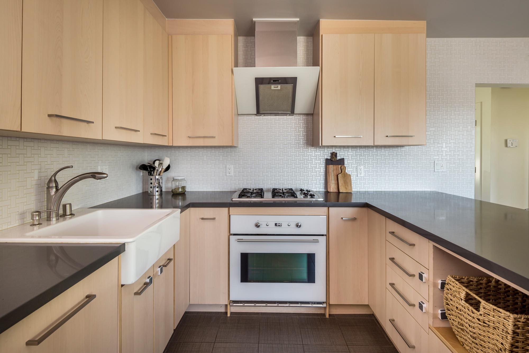 Kitchen_9660.jpg