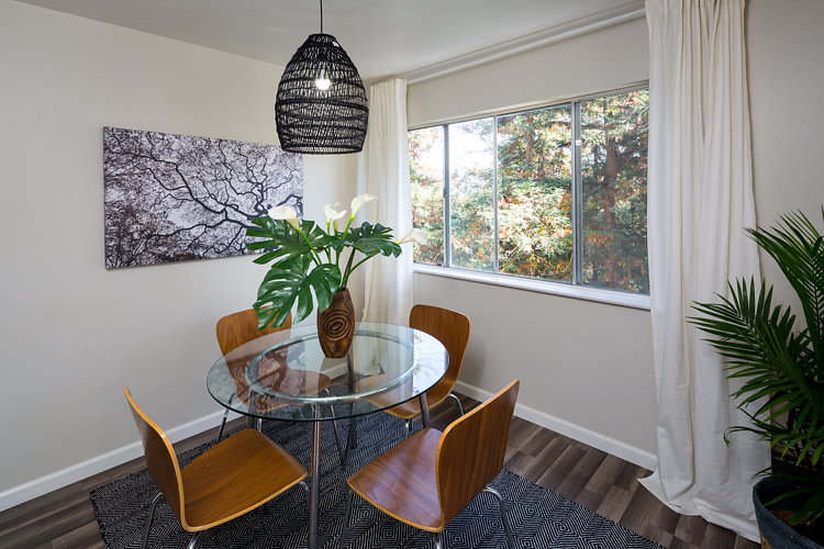 750 Oakland Ave. #202, Oakland, Updated Rose Garden Contemporary Condo For Sale