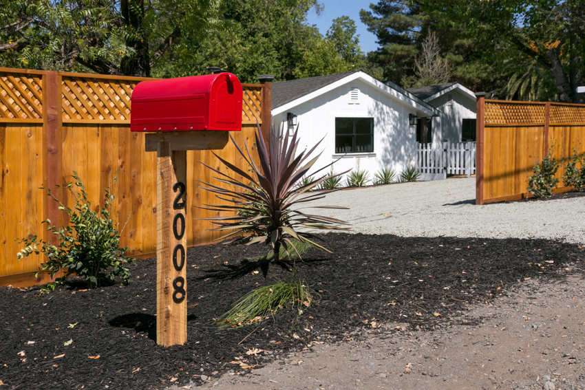 """Fence front yard to create """"defensible space"""""""