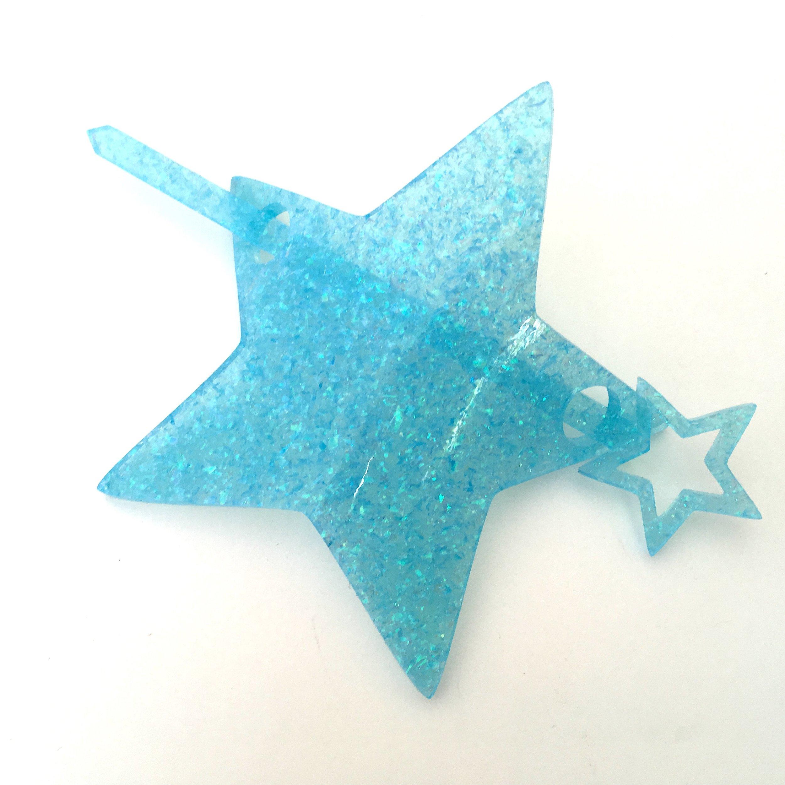 blueGlitter2.JPG