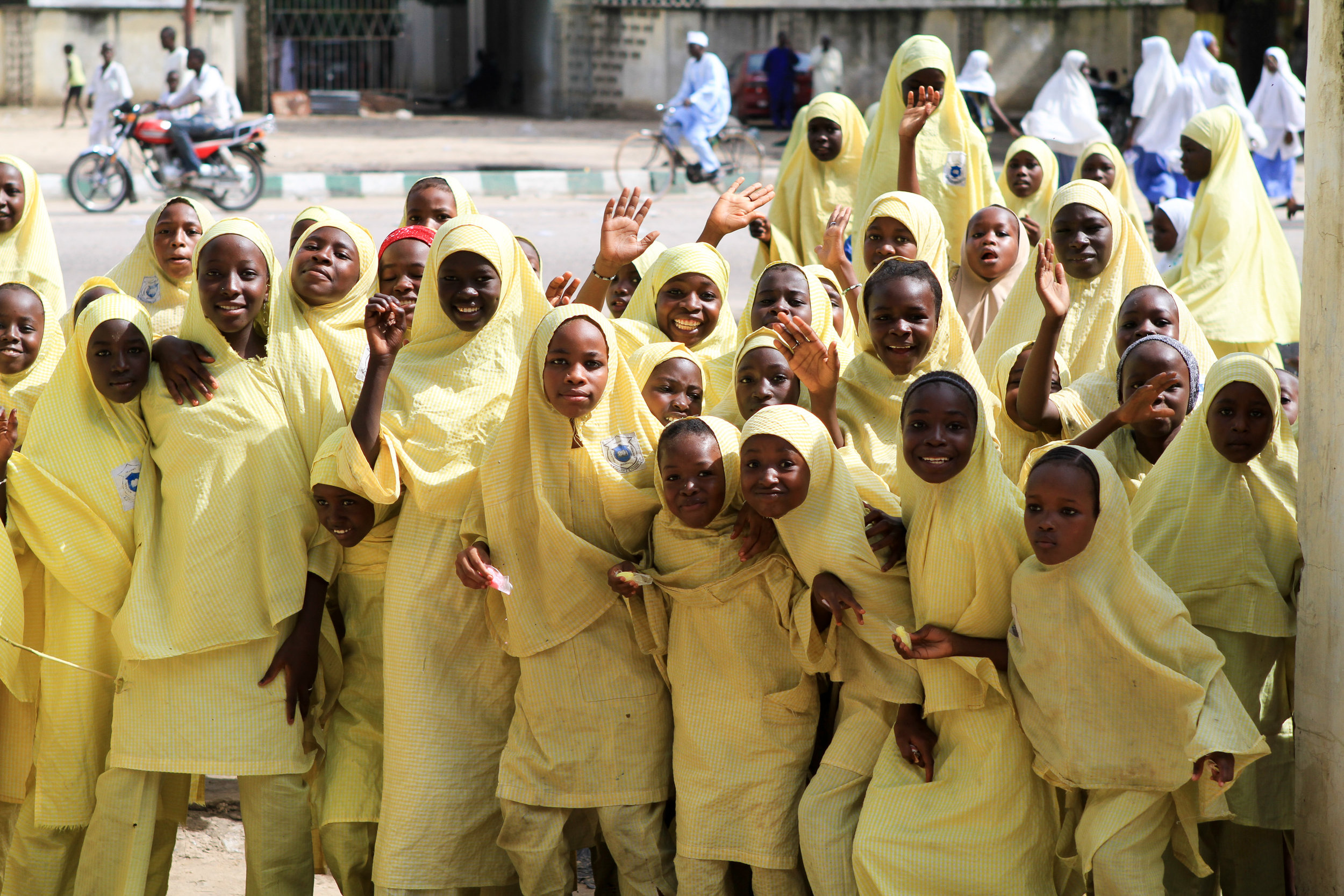 School girls in Maiduguri crowd around the gate to say hello - at that time, they probably didn't see many foreigners.