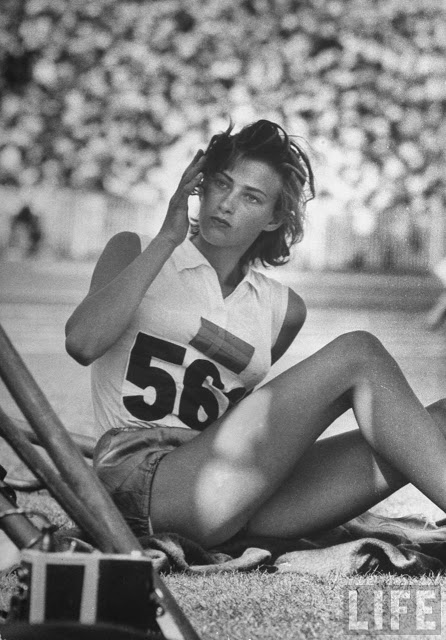 A five time national gold medallist in high jump, Larking competed in two Olympics. Her best finish came at the 1956 Melbourne Olympics, where she placed fourth and set a new Swedish record in the discipline. Unbeknownst to her, Larking was pregnant during the competition. Following the Olympics and only 20 years old, Larking retired from the sport.