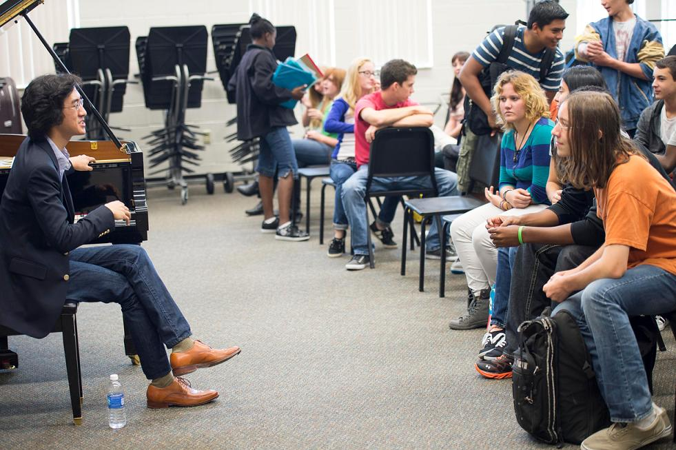 Speaking with students in Sarasota, FL