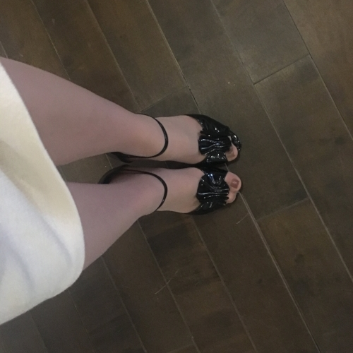 Vintage heels that fit me perfectly? It must be a dream!
