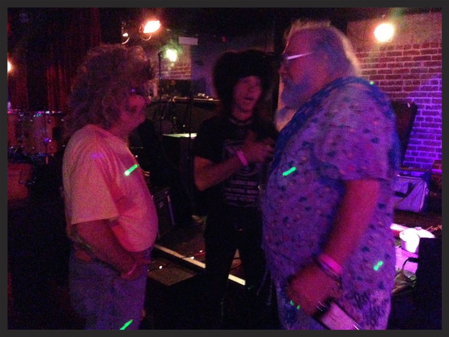 Gary Wilson, Don Bolles, and R. Stevie Moore conversing at at the 2014 Burger Records Labor Day mini-fest.  *Update (2/10/2015) It's been brought to my attention by Jeff Winner and R. Stevie Moore that it is unreasonable to suggest that Moore or Wilson could have paved the way for the Residents, and I would like to express my agreement on this. While the band was in fact admirers of Gary, they were already well on their creative path by the time they were aware of Gary's music.