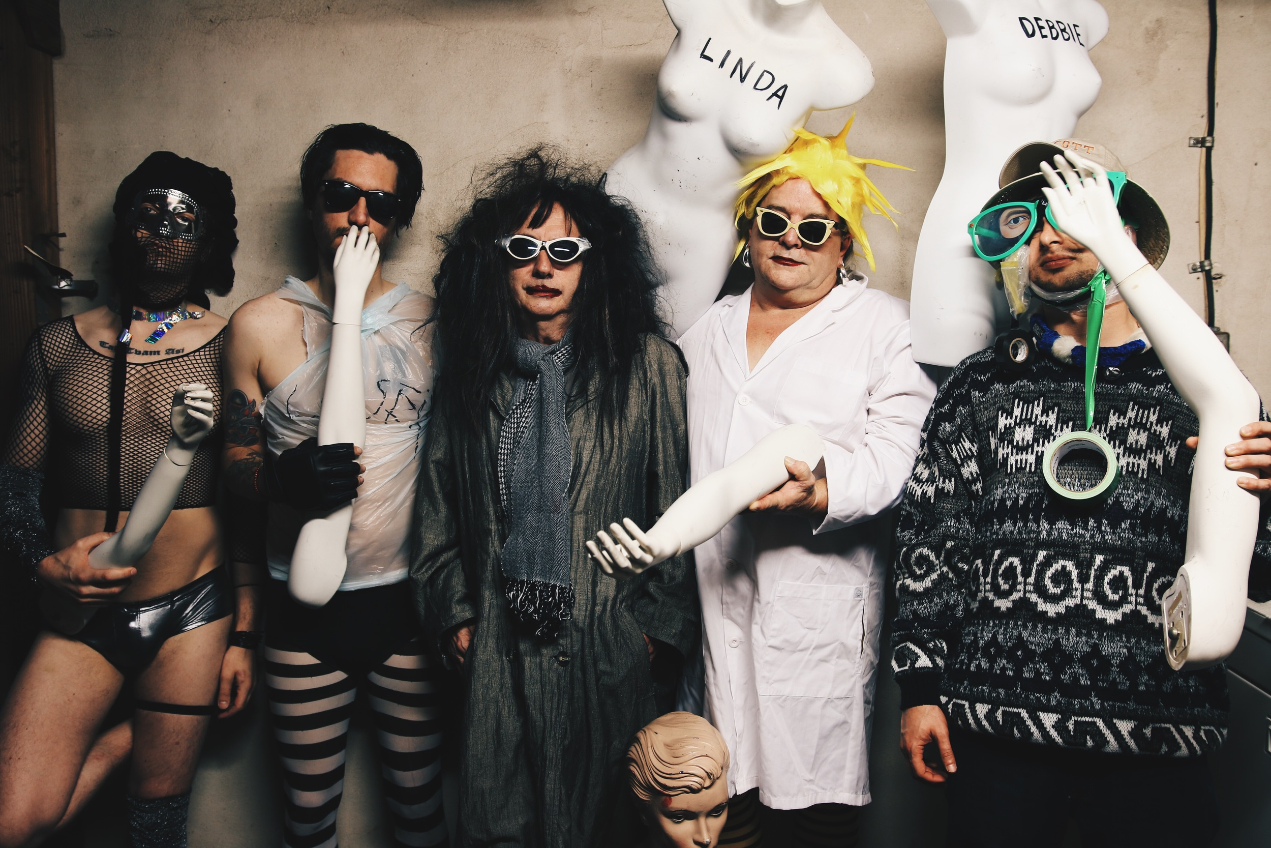 Gary Wilson and the Blind Dates, L-R: Anders Larsson, Joe Guevara, Gary Wilson, Ian McGehee, Charlie Bottino. Photo: Nick Lane