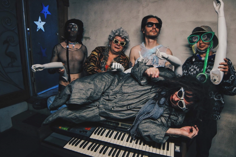 Gary Wilson and the Blind Dates will be bringing their weird and wonderful madness to Bar Pink on May 15. Photo: Nick Lane, 2016