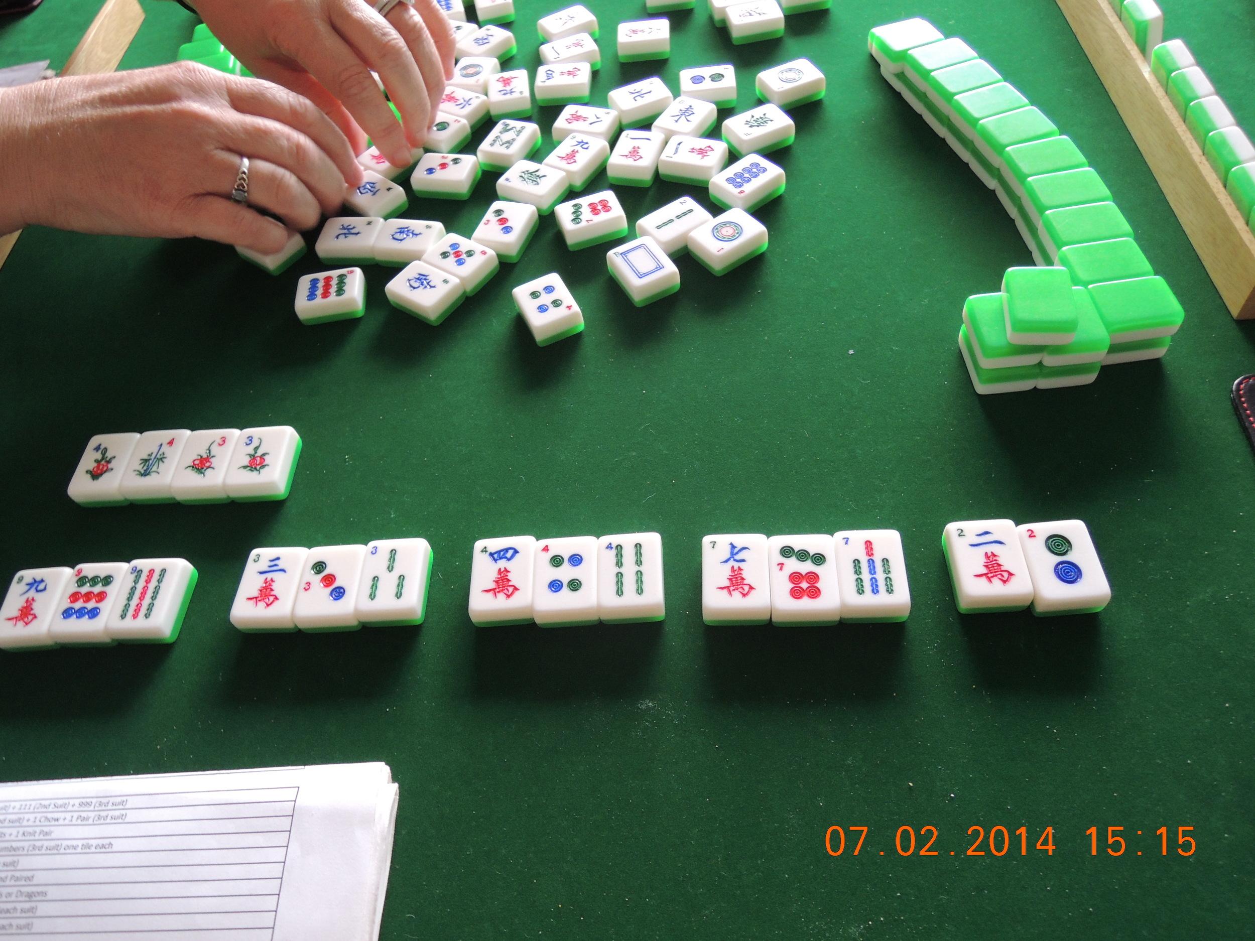 Jane's winning hand, Triple Knitting