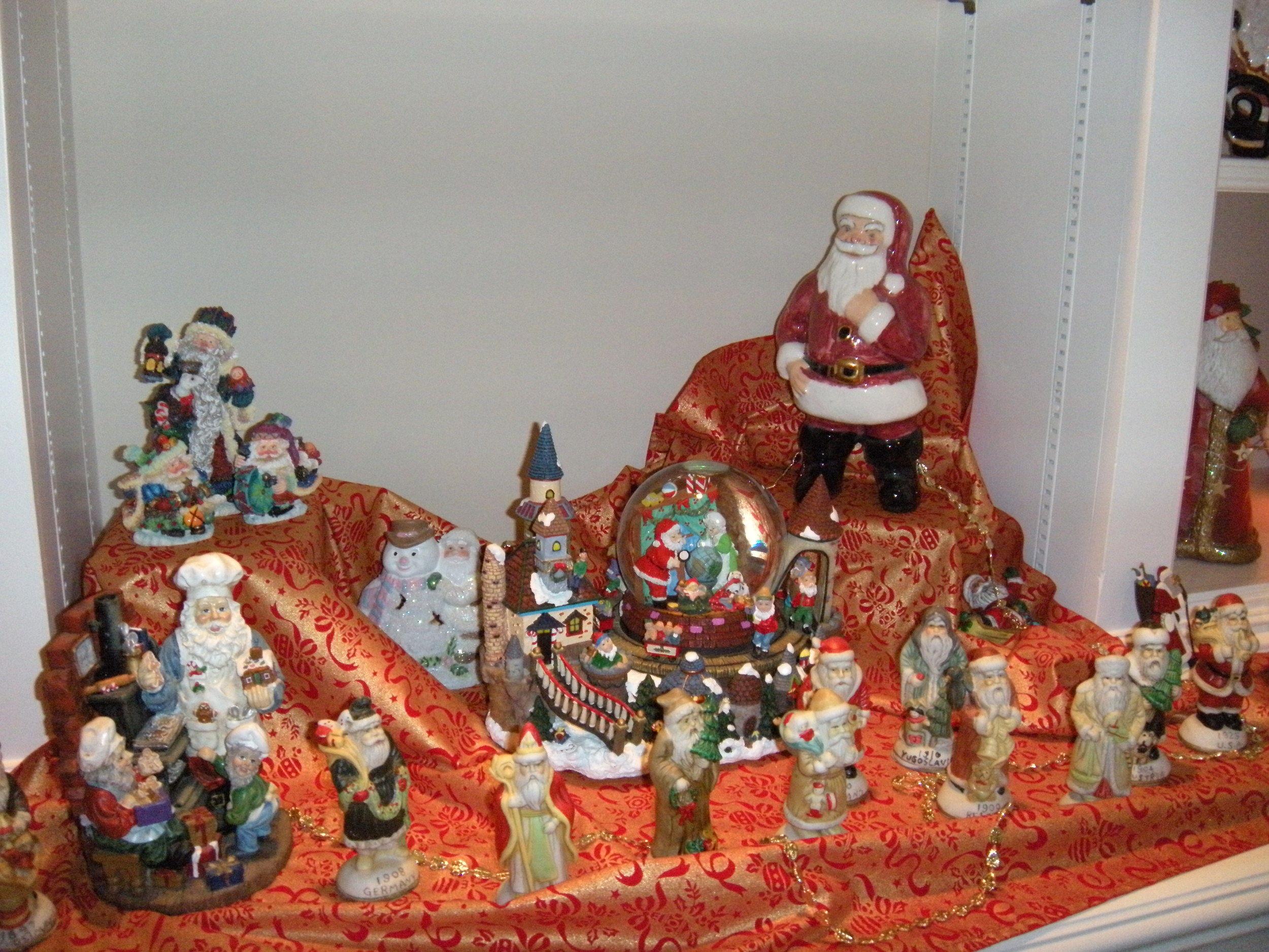 Look at the Santas--and this isn'teven all of them. The smaller ones are from the 1940's and represent Santas from all over the world at that time.
