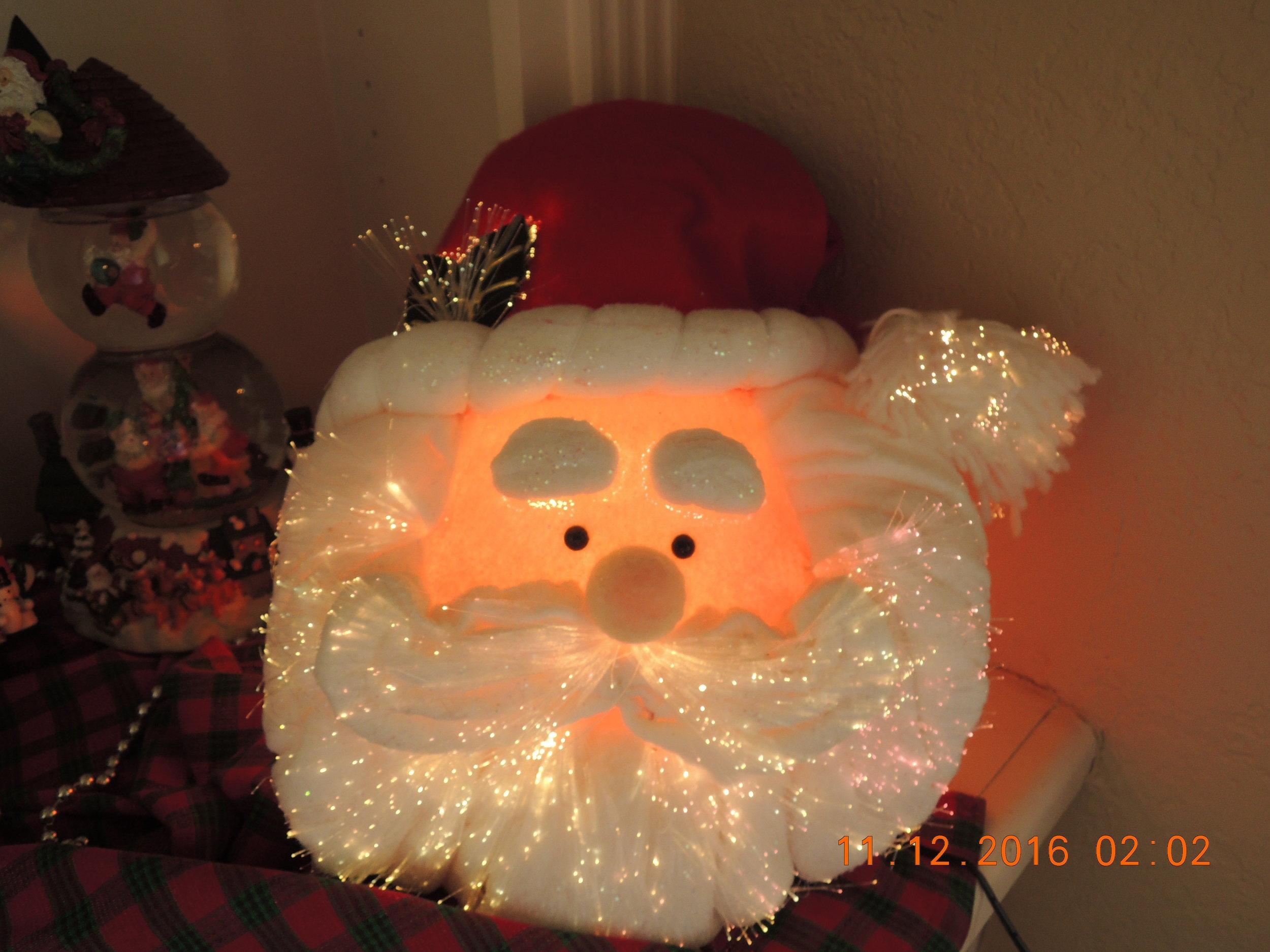 "Santa says ""Merry Christmas!"""