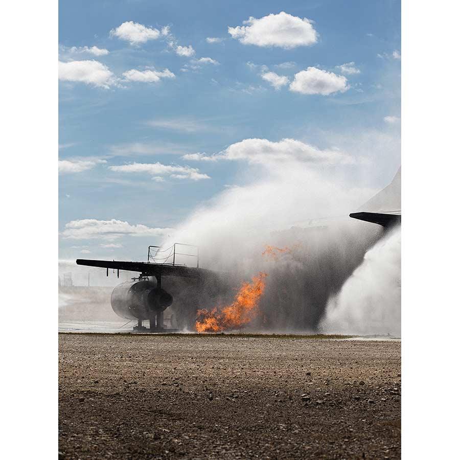 q-fireplane-10.jpg