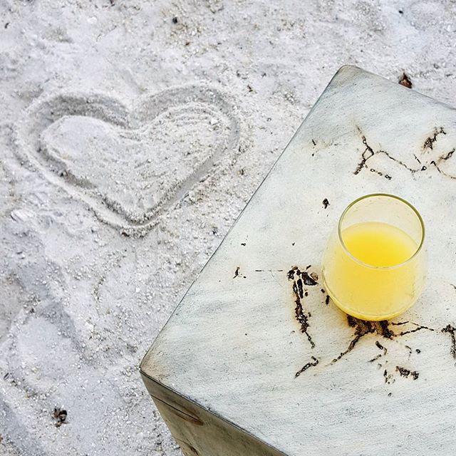 Perfect start to the day! ❤ it here! @amaracayresort  #islandlife #islamorada #riseandshine #floridakeys #sunlover #amaracay #amaracayresort #islandvibes #holiday #siezethekeys #visitflorida #travelandleisure #wanderlust #travelphotography #sunlove #mimosatime #seaside #vacationvibes #floridakeys #lovefl #cocktails #bruch #traveltheworld #sunandsand #beachlife