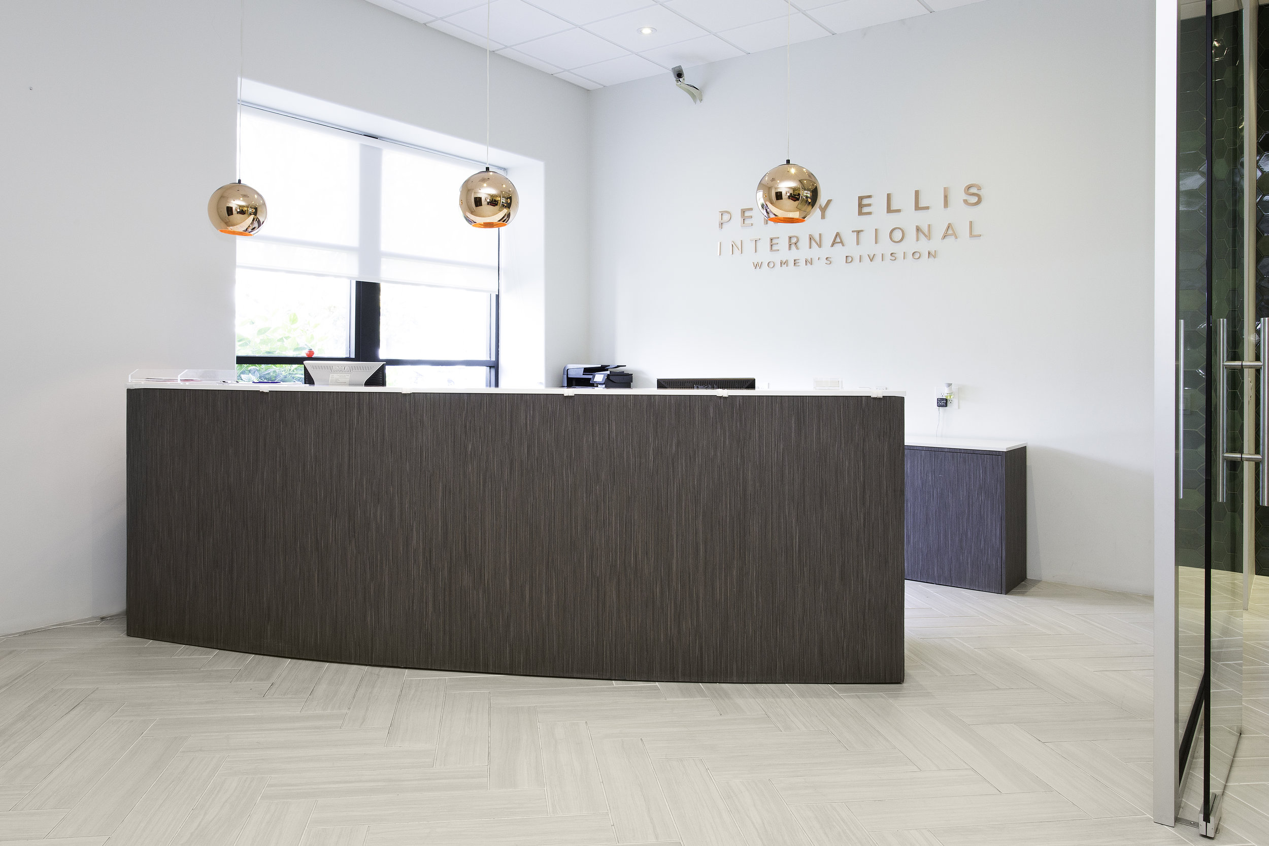 Front Desk/Reception Perry Ellis Los Angeles  Images courtesy of Perry Ellis International