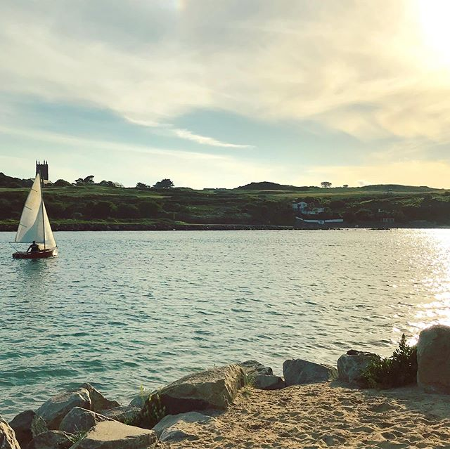 No Surf! No Problem! Having a blast out on the latest edition to the #hayle fleet vintage 1960's? #gp14 . . #evening #off #visitcornwall #learntosurf #paddleboarding #summeriscoming #eastquayhayle #surfschool #sunset #sailing #sunsetsessions #surfclub #wavesarecoming #picoftheday #lovecornwall #coast #outdoors #outdoorslife