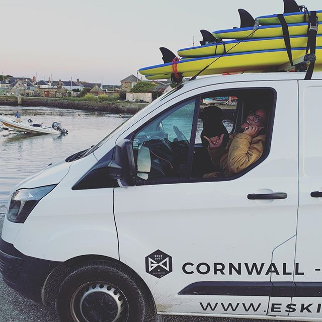 Good morning Cornwall the wind has eased & it's go go go for a full day of surfing madness! Elena & Heff are ready!🤙✌️👌 . . . . . #cornwall #earlyriser #sunrise #surfing #learntosurf #visitcornwall #lovecornwall #hayle #surfschool #travel #adventure #experiences #love #surf #gwithian #beach @amytstory @golddustsurfboards