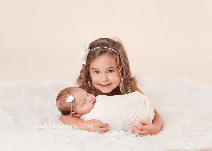 baby and sibling photography