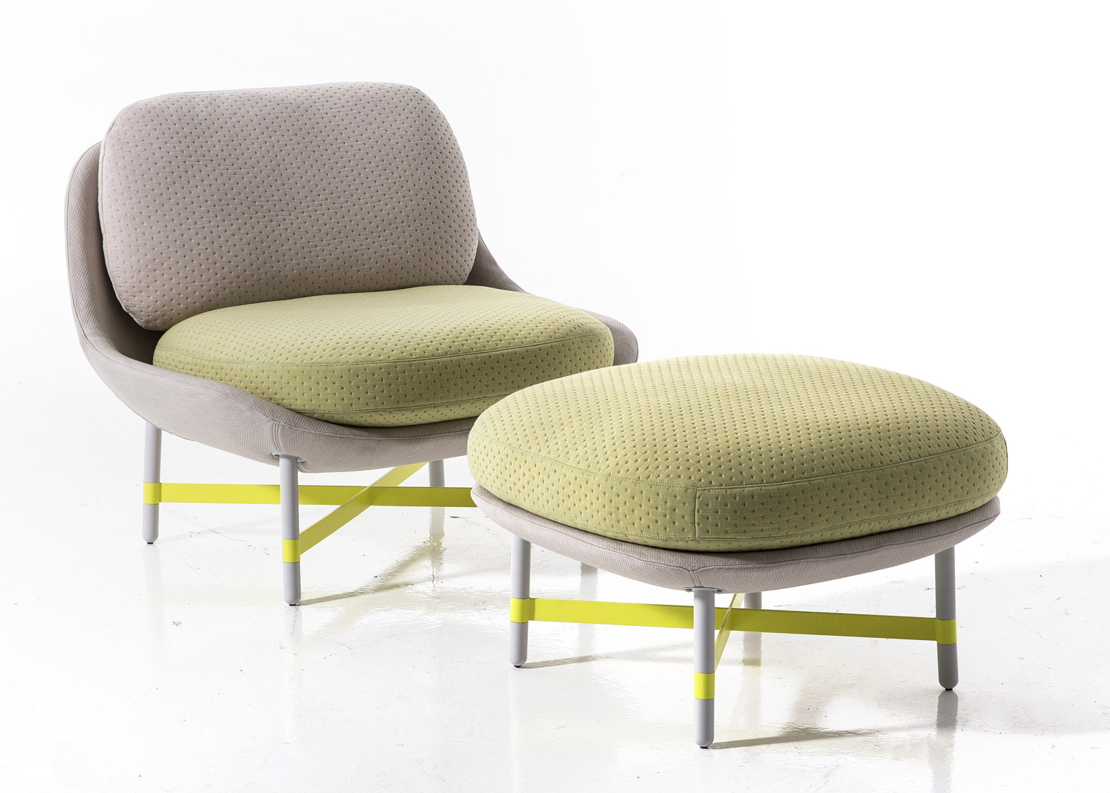 ottoman-scholten-baijings-seating-furniture-moroso-milan-design-week-2016_dezeen_1568_0.jpg