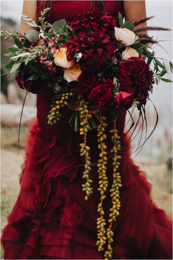 IMAGE BY   EVYNN LEVALLEY  . EVENT DESIGN:  TWO ROADS EVENT CO  . FLORALS BY   BURST + BLOOM  . GOWN   VERA WANG  .