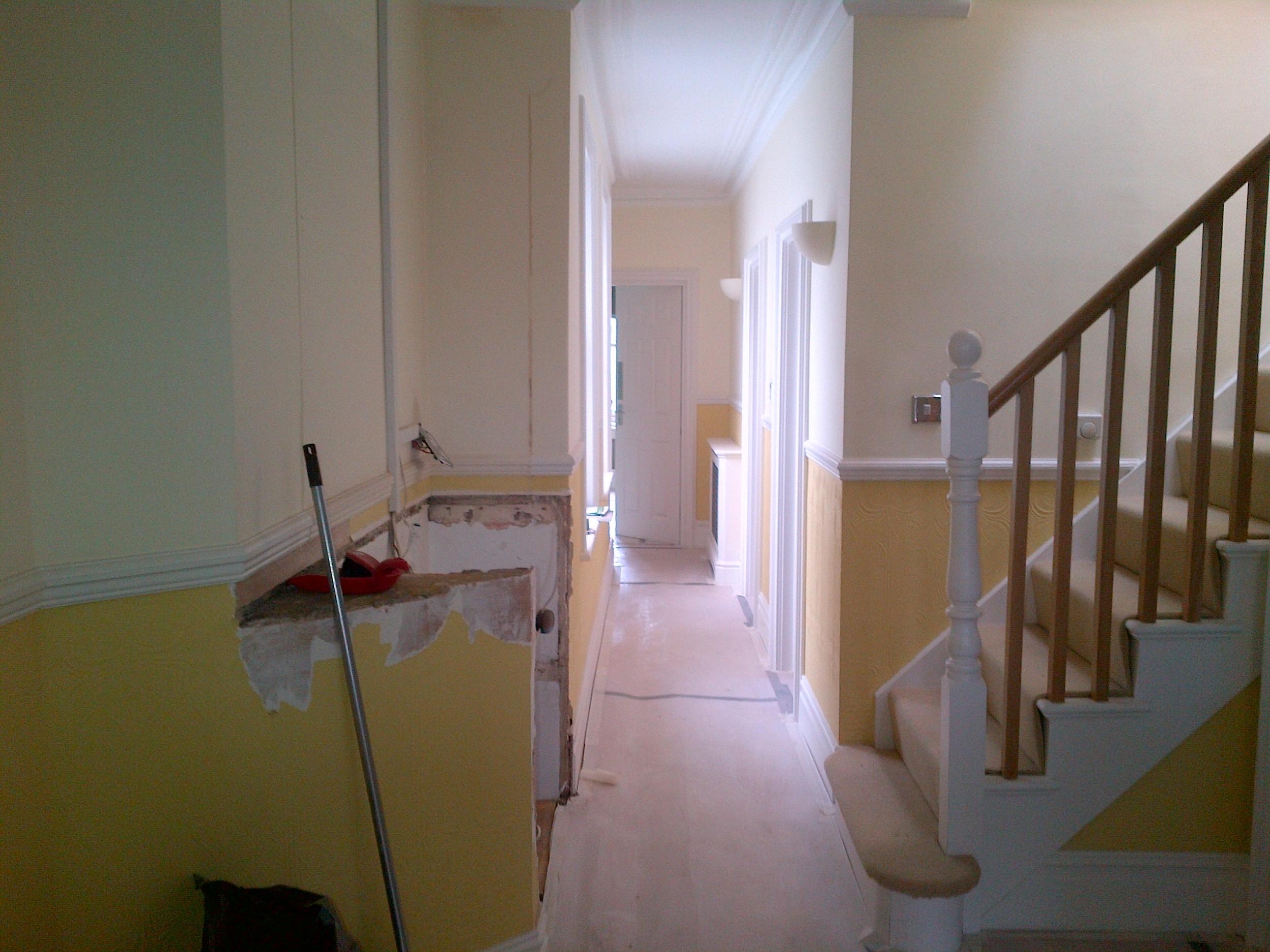 36 Lauderdale - Hallway before 3.jpg