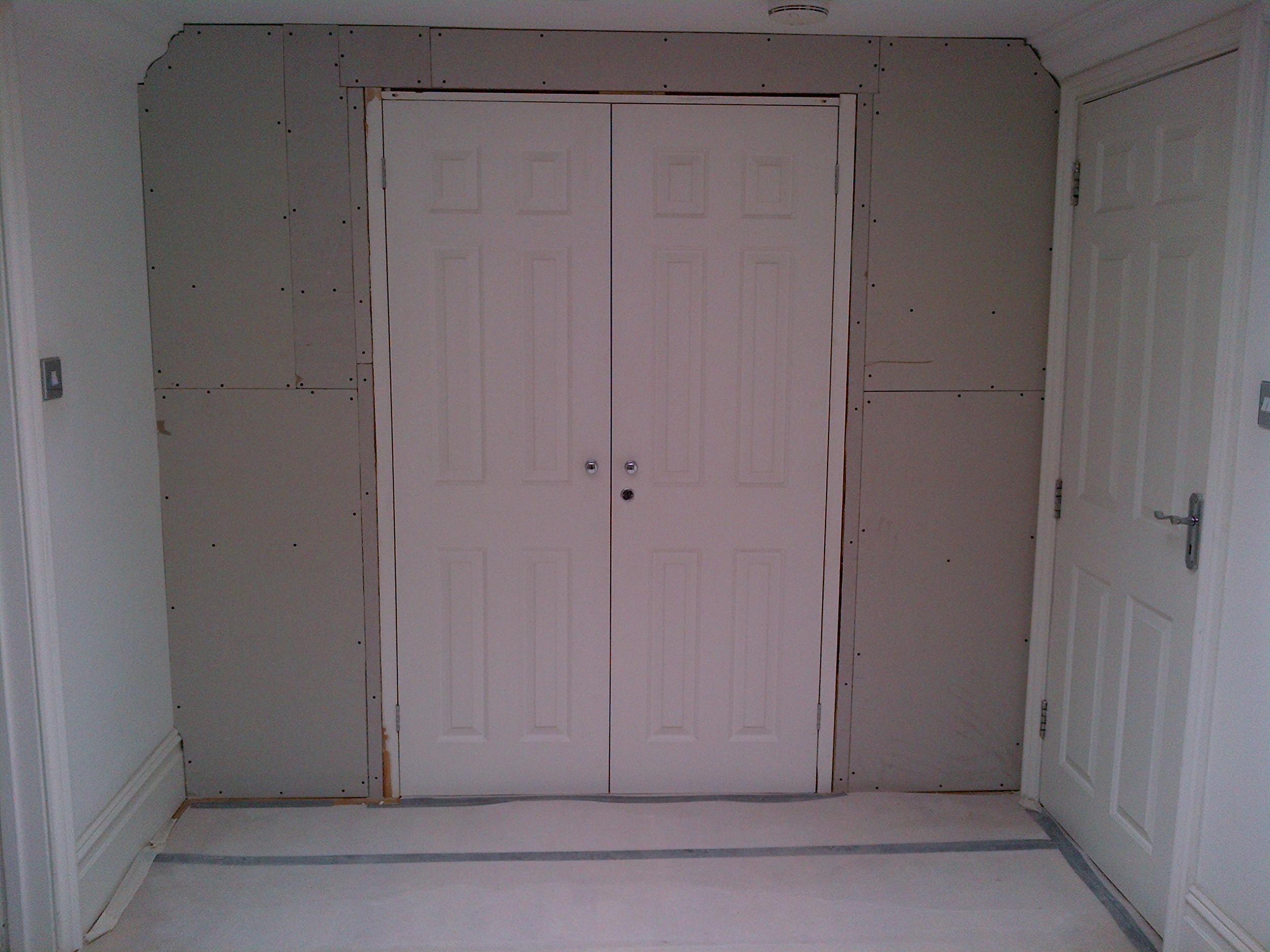 36 Lauderdale - Master bedroom - Walkin wardrobe - doors are in place.jpg