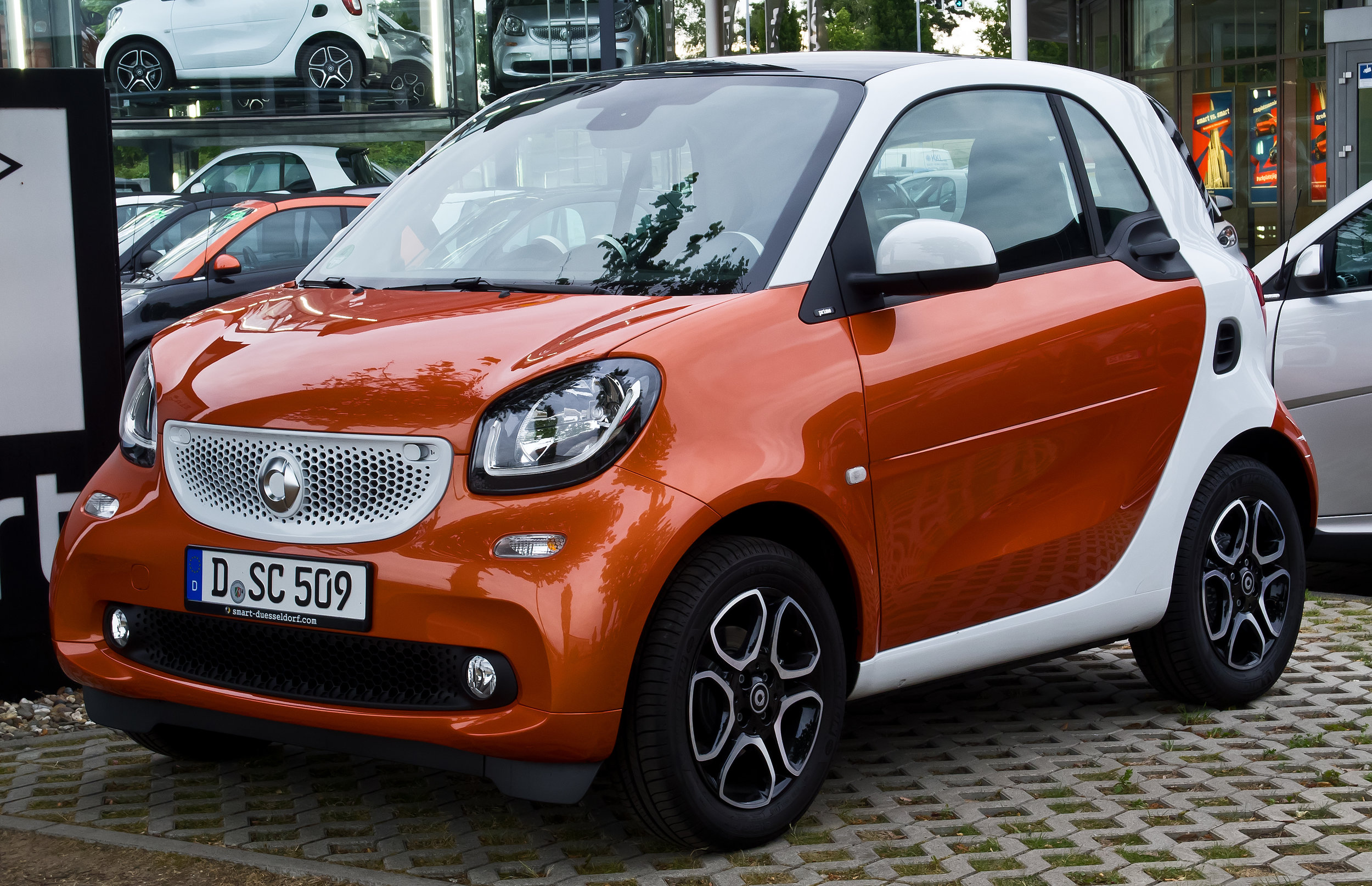 453 FORTWO, FORFOUR, AND CABRIO   New Generation Smart Vehicles 2014–present