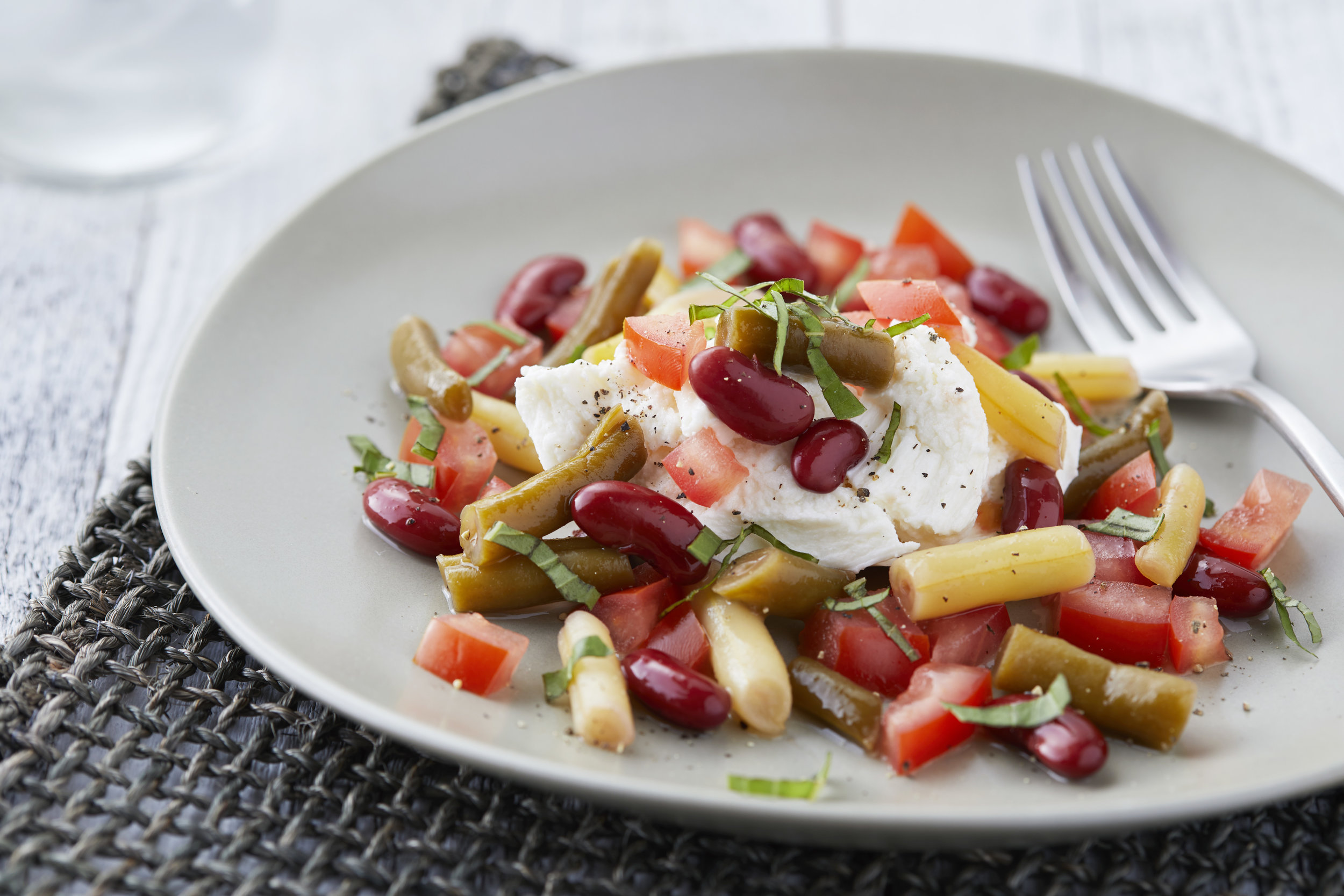 Caprese Bean Salad for One