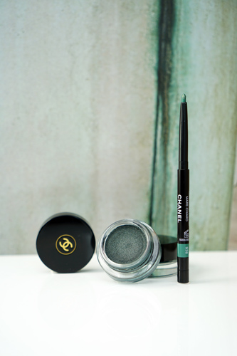 chanel neapolis stylo yeux waterproof marechiaro - ombre premiere creme verderame.jpg