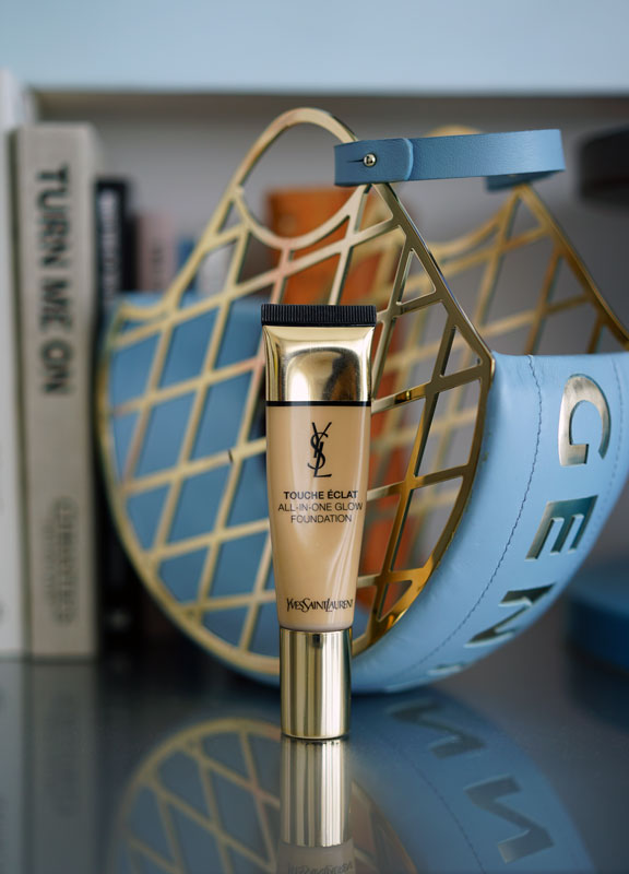YSL-touche-d'eclat-all-in-one-glow-foundation.jpg