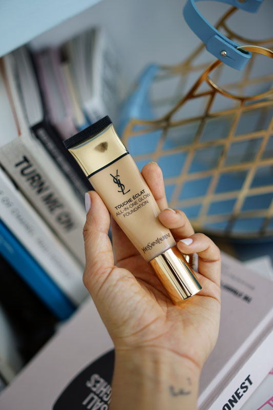 YSL-touche-d'eclat-all-in-one-glow-foundation-5.jpg