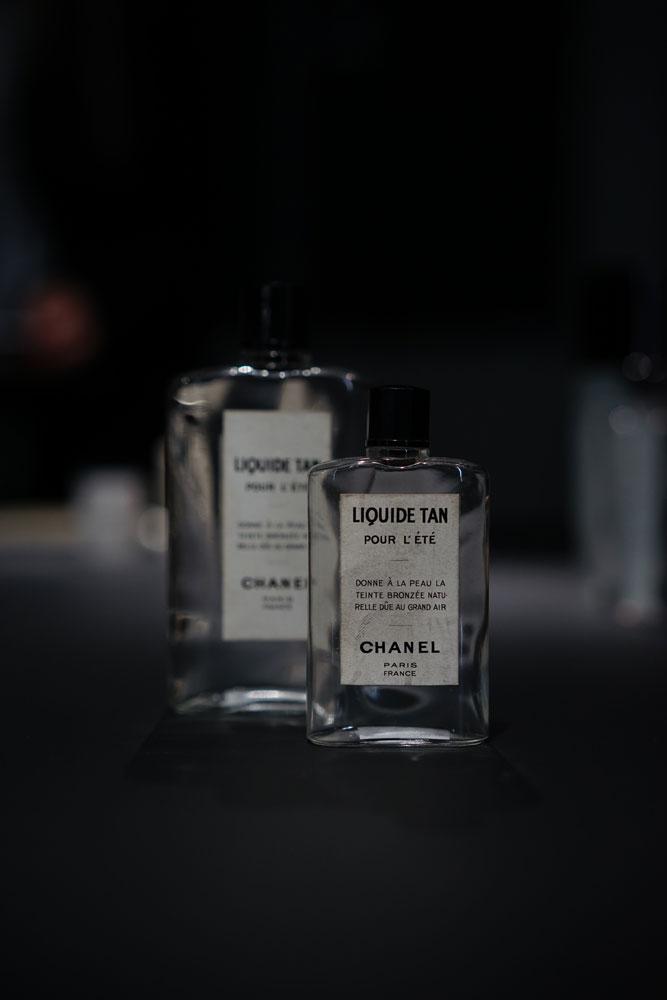 Chanel-Laboratoires-Patrimoine-Chanel-Vintage-Skincare-Liquid-Tan.jpg