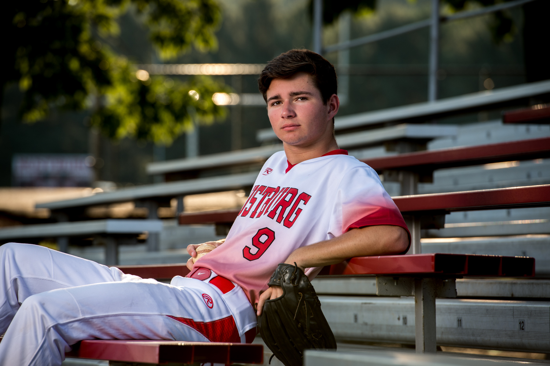 Senior_Photographer_Guys_Baseball_Lynchburg_VA_Alison_Creasy