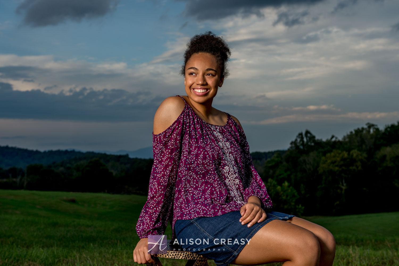 Scenic_outdoor_volleyball_senior_portraits_lynchburg_VA_alison_creasy_photographer--3.jpg