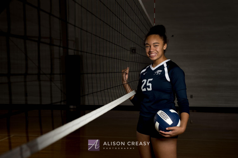 Scenic_outdoor_volleyball_senior_portraits_lynchburg_VA_alison_creasy_photographer--25.jpg