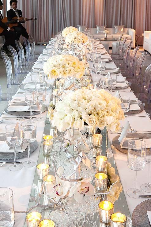 We love the idea of incorporating mirror elements into your wedding decor