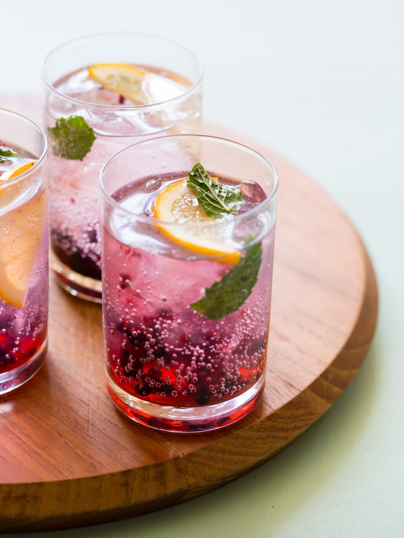 We found this fabulous drink via  Spoon Fork Bacon