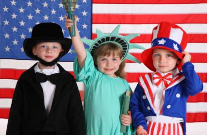 {Via}  You could set up a dress up area for the kids (or adults) to dress up like patriotic figures of our country's past. Tip: Participants could even put on a small play for the other guests to enjoy!