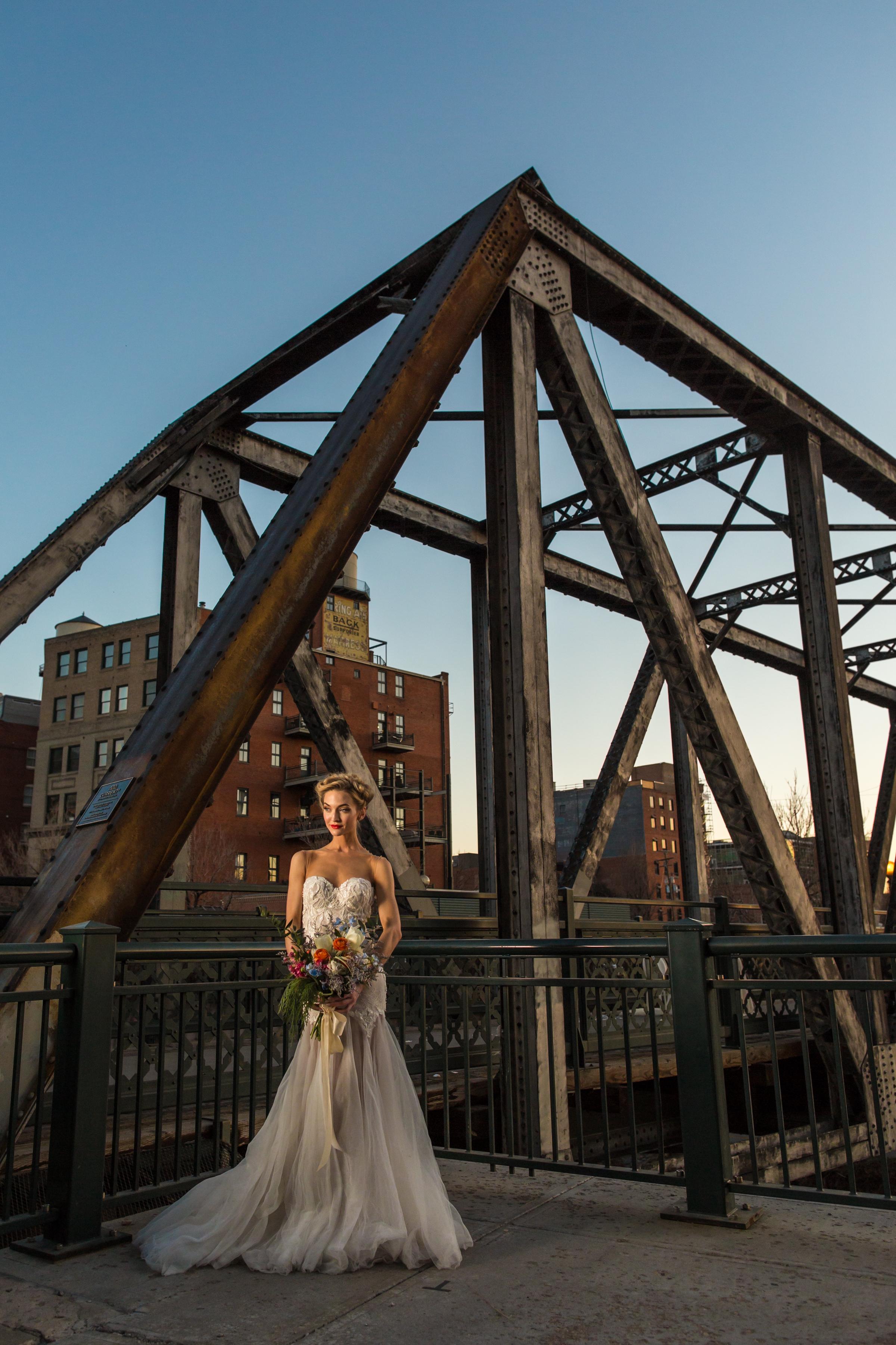 20160226-Moss-Denver-Aldabella-Photography-Milk-Glass-Production-0143.jpg