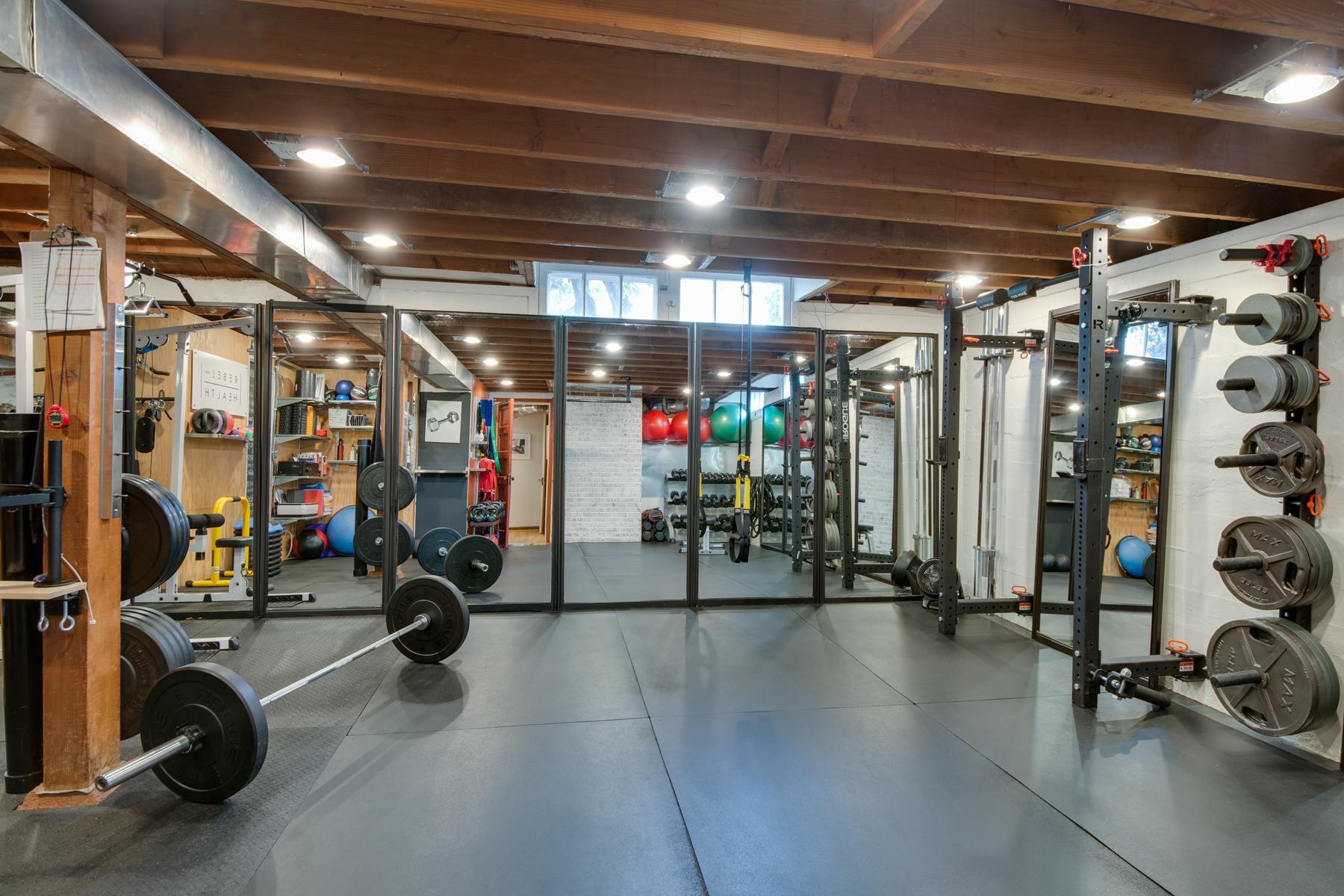 Rebel-Health-NW-Training-Floor