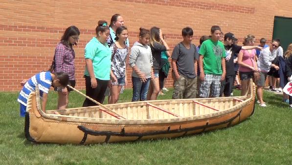 ENVISION_students_canoe.jpg