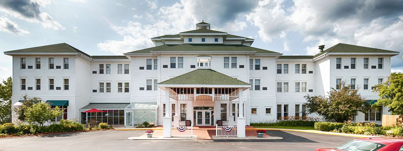 Best Western Hotel Chequamegon.png