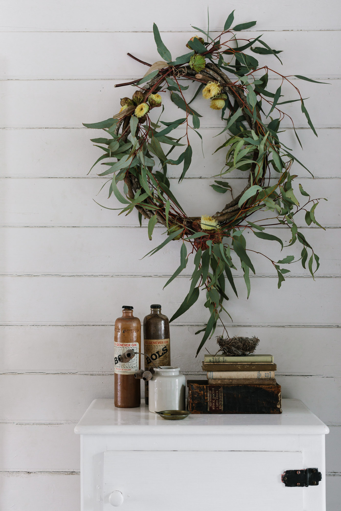 Marnie Hawson, Melbourne purpose-driven interior photographer for Riddells Creek weatherboard cottage and Country Style magazine
