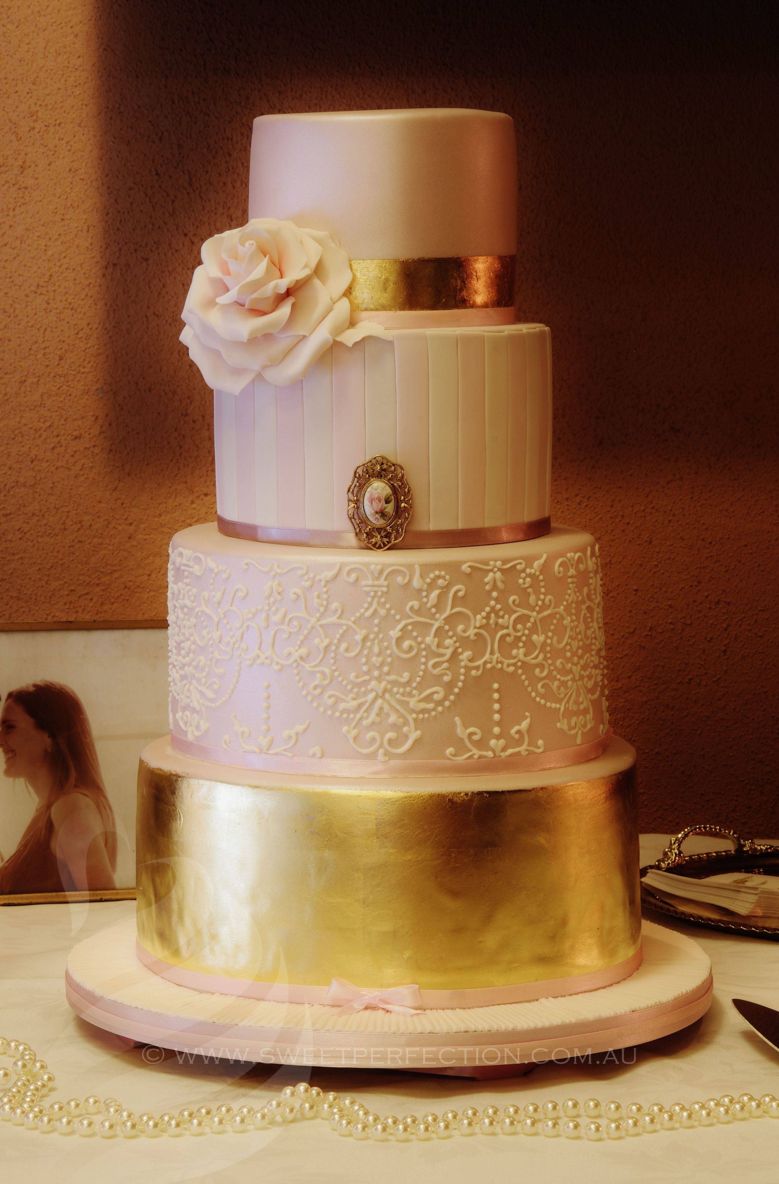 Cake based on a Faye Cahill Design. A
