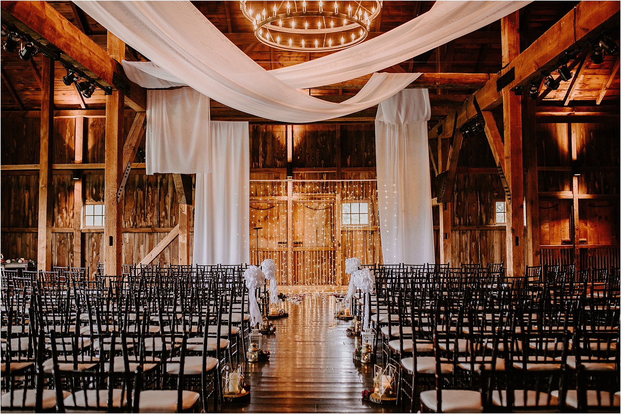 Sarah_Brookhart_Farm_at_Eagles_Ridge_Wedding_Photographer_0039.jpg