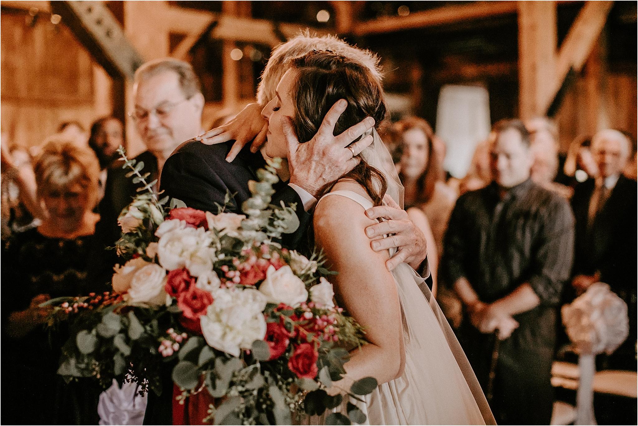 Sarah_Brookhart_Farm_at_Eagles_Ridge_Wedding_Photographer_0043.jpg