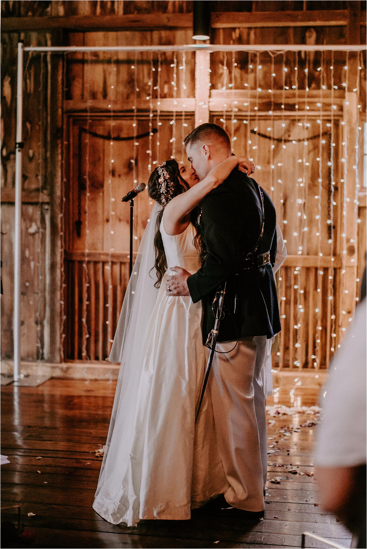 Sarah_Brookhart_Farm_at_Eagles_Ridge_Wedding_Photographer_0047.jpg