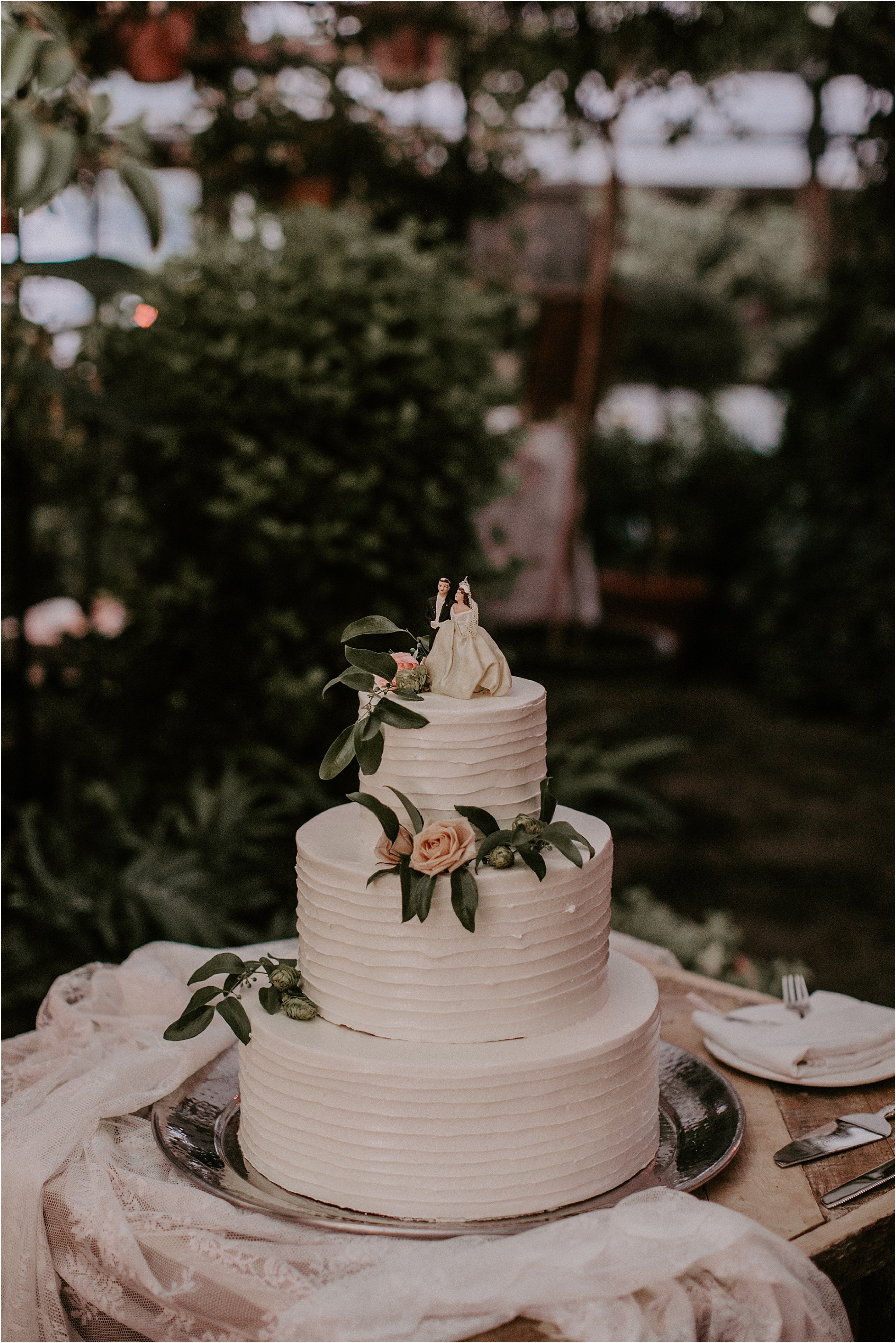 Sarah_Brookhart_Hortulus_Farm_Garden_and_Nursey_Wedding_Photographer_0077.jpg