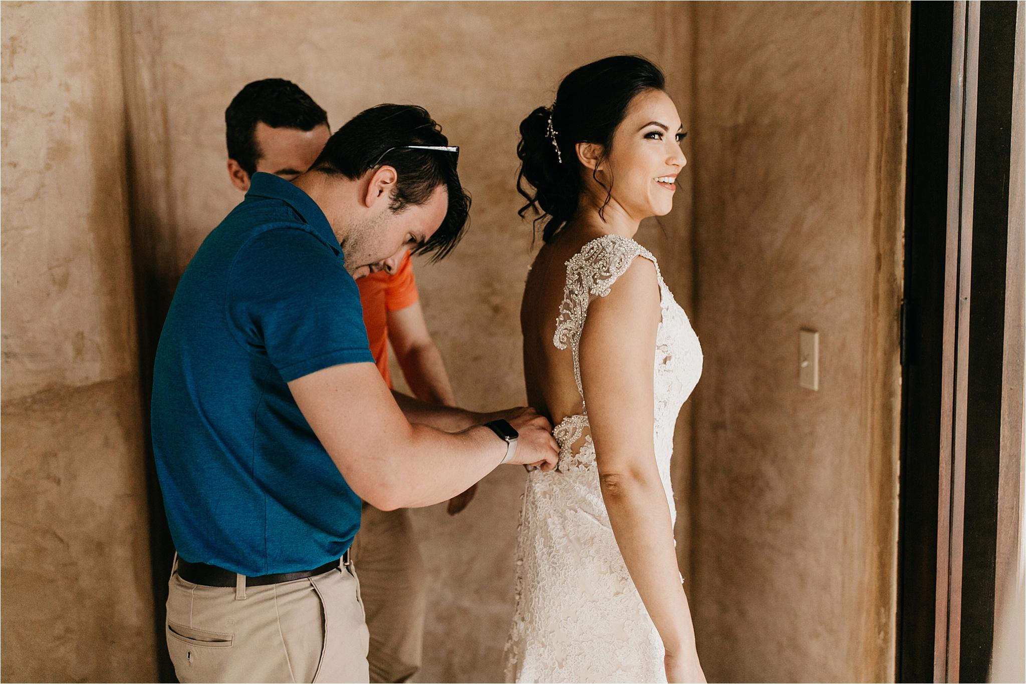 Athena_+_Brandon_Los_Barriles_Wedding__0035.jpg